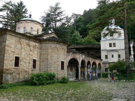 [Image: Troyan_monastery.jpg]